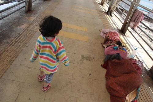 Learning Street Photography At Bandra Skywalk.. Nerjis Asif Shakir 2 Year Old by firoze shakir photographerno1