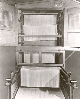 Industrial_spaghetti_dryer_built_by_Consolidated_Macaroni_Machine_Corporation_01