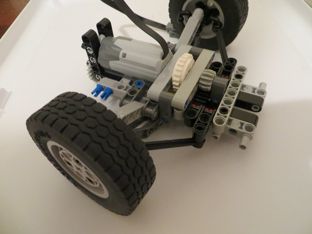 [HELP] Steering and Suspension on RWD 1:10 PF Car - LEGO ...