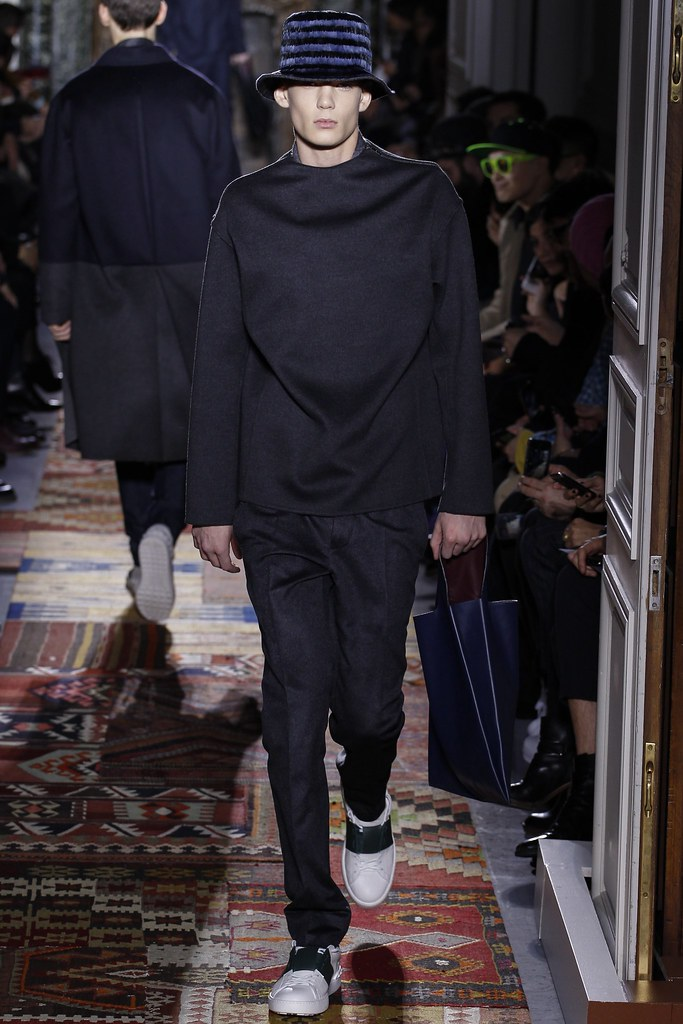 FW14 Paris Valentino007_Georges de Saint Mars(VOGUE)