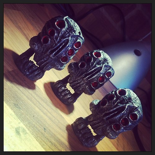 Terminator trio of ROKU. aged steel and red eyes. Ready for bagging up for @toyconuk by [rich]