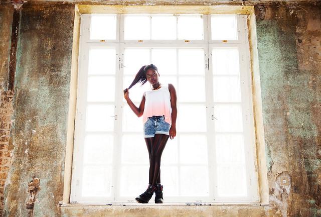 Lois Opoku Adidas NEO Selena Gomez Shooting lisforlois