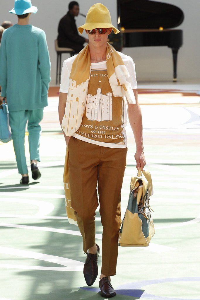 SS15 London Burberry Prorsum020_Tim Schuhmacher(VOGUE)