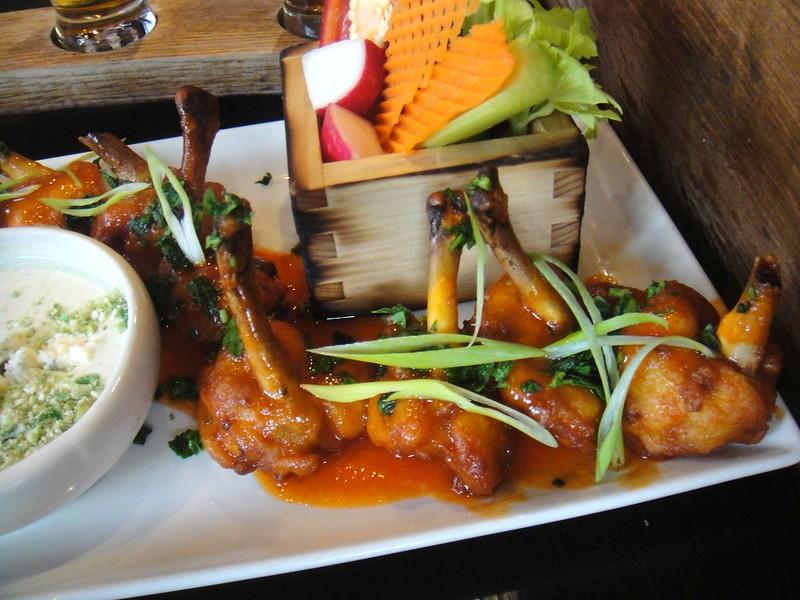 Las Vegas Eats 2014 Guy Fieri S Vegas Kitchen Bar Stenoodie