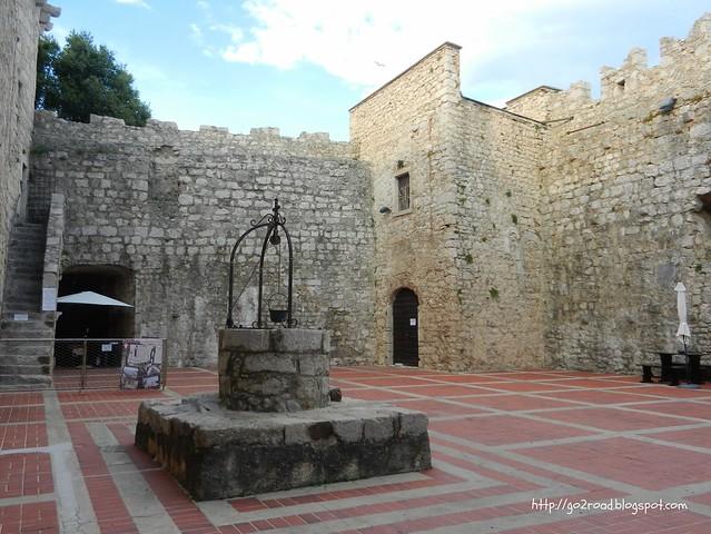 Крепость в городе Крк
