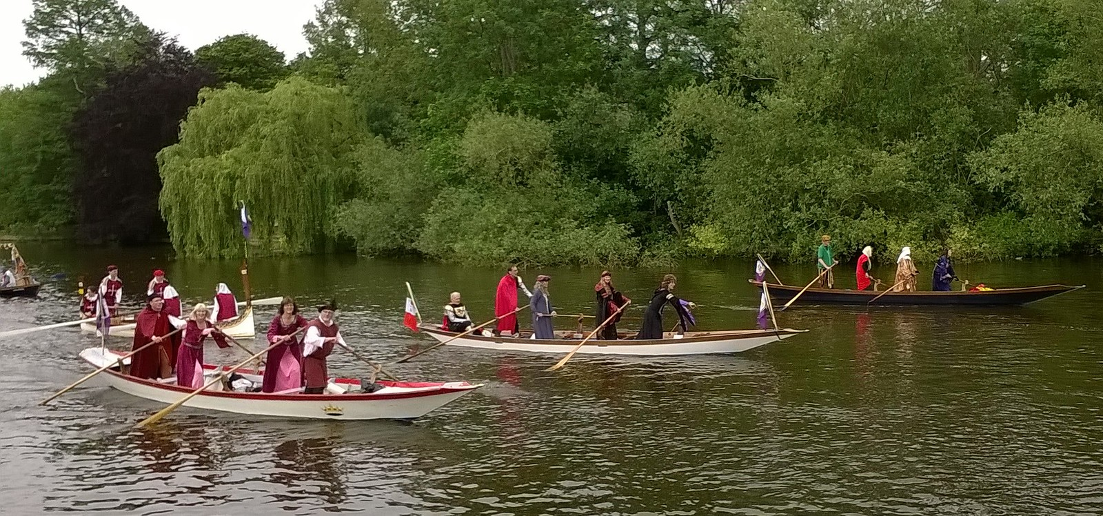 Britain's oldest rowing talent? Runnymede regatta
