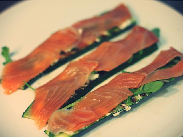 Receta: Láminas de calabacín con salmón