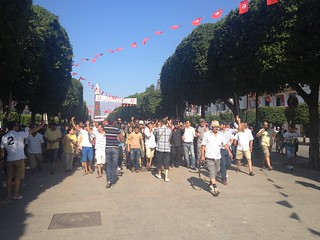 Protesters in downtown Tunis calling for overthrow of government. Photo credit: Youssef Gaigi, Tunisia Live