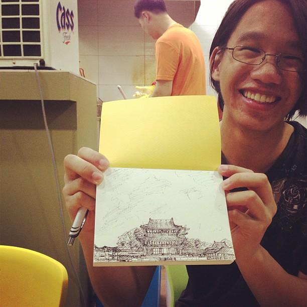 플로리다에서25년 현재 태국에서 1년째 살고있는 테런슬라는 친구. 아트를전공했는데 태국에서 유치원교사하고 있는친구. 그림잘그린다. 근데 이친구 v11 클라이머다...! 우쓰! #korea