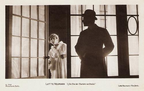 Lotte Neumann in Die Ehe der Charlotte von Brakel (1918)