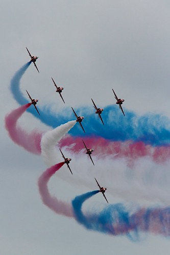 Red Arrows by McShug