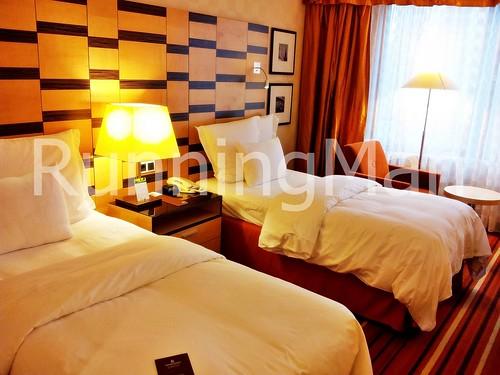 Renaissance Olympic Hotel 02 - Bedroom