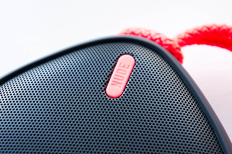 NudeAudio Move M Portable Bluetooth Speaker Look | www.latenightnonsense.com