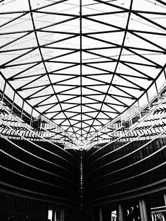 תמונה של Palazzo Lombardia. italy milan italia milano mailand palazzolombardia originalfilter uploaded:by=flickrmobile flickriosapp:filter=original