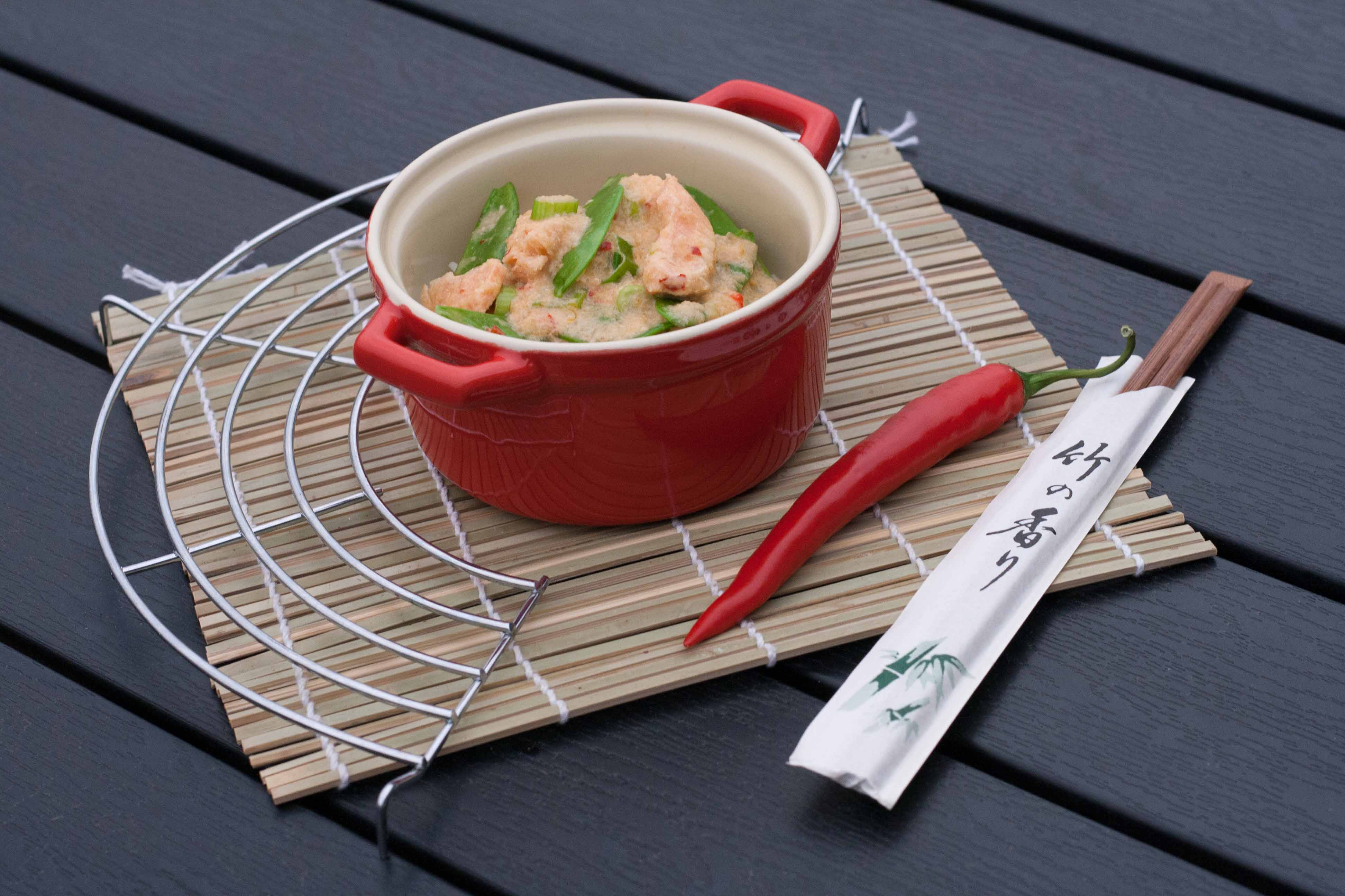 Recipe on homemade Salmon in Creamy Red Curry Sauce 3