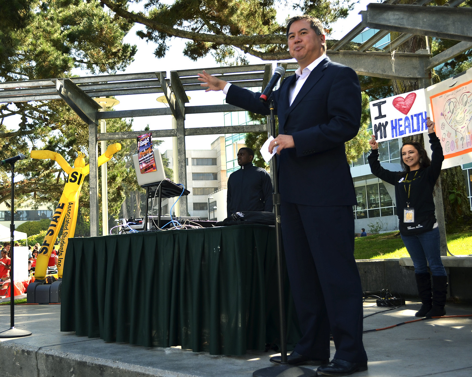Assemblyman Philip Y. Ting (District 19) speaks about the Affordable Care Act to students at Malcolm X Plaza at SF State, Thursday, Oct. 10, 2013. Photo by Amanda Peterson / Xpress