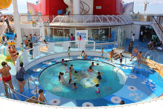 AquaLab and Nephews Splash Zone on the Disney Magic