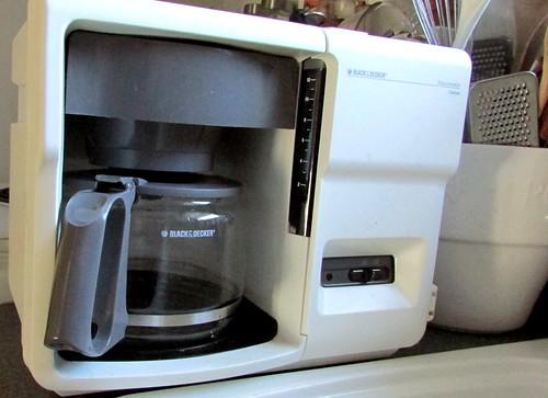 Embracing a retro kitchen