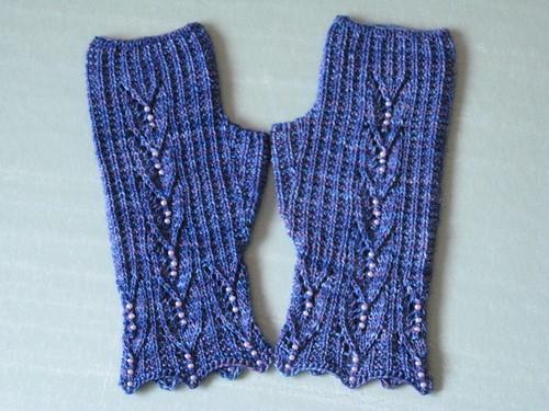 Maia Gloves 2b