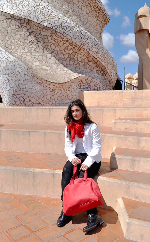 barcelona fashion blogger spain architecture, something fashion trips, comfy outfit everyday spain, necklace mango, mies van der rohe pavilion barcelona spain, valencia bloggers de moda, fashionblogger valencia