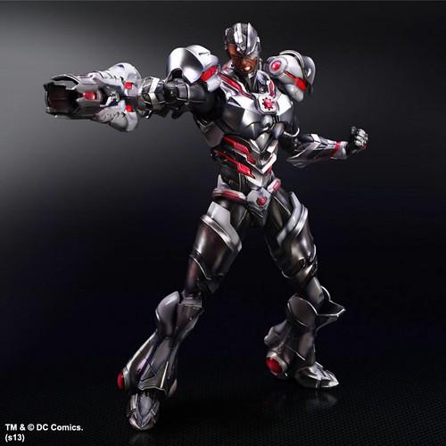 Play-Arts-Kai-DC-Variant-Cyborg-2
