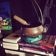 New home, new stuff from #nepal singing bowl, sarangi and Dalai Lama's The Art of Happiness book, new read for the new year 2014!