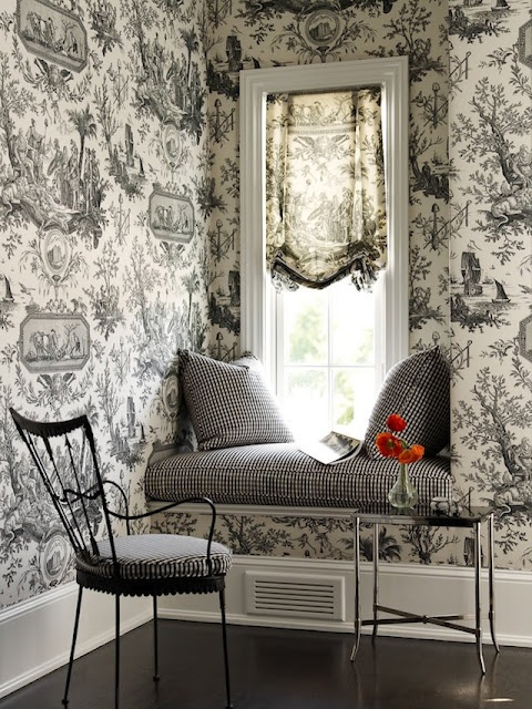 large toile