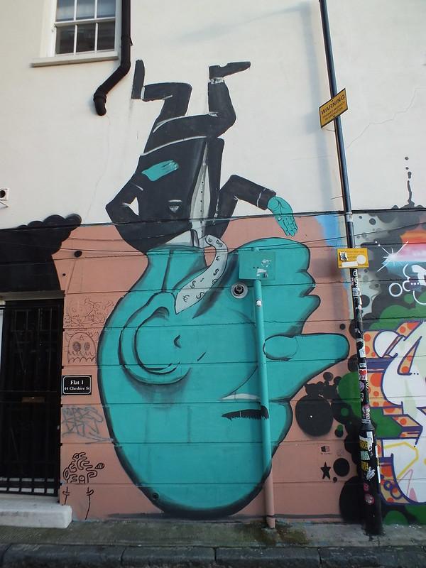 Run Street art and Graffiti