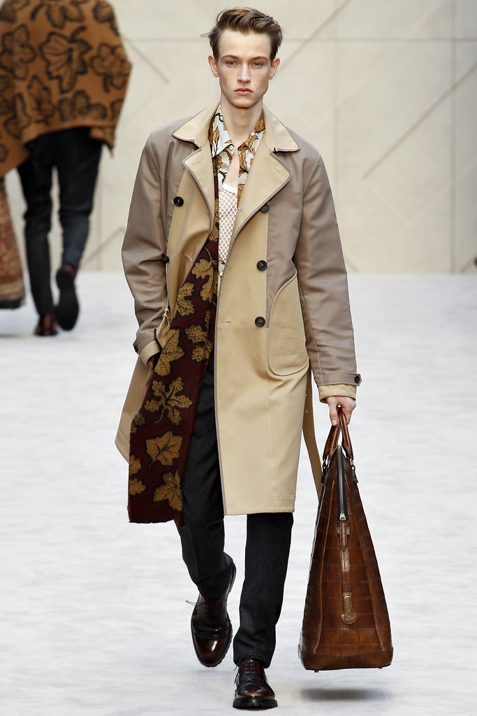 FW14 London Burberry Prorsum036_Andreas Lindquist(VOGUE)