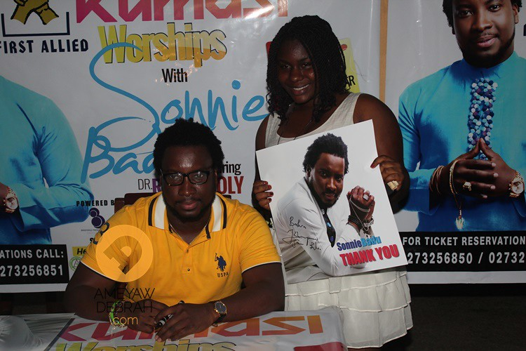sonnie badu at africa hall (12)