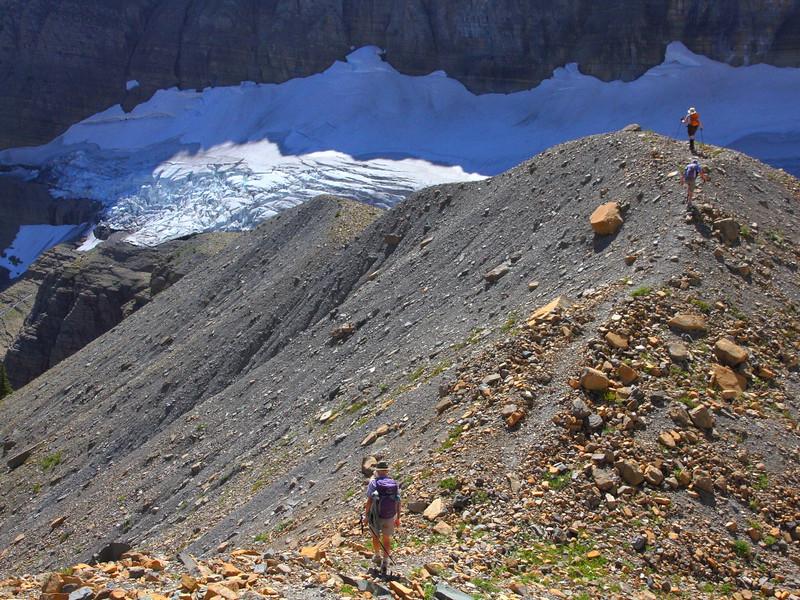 IMG_4128 Hikers toward Sexton Glacier