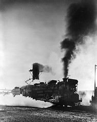 [Locomotives 657, Building Up Steam, Texas & Pacific Railway Company]