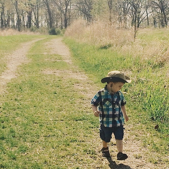 Walkin. #instaluther #toddler #children