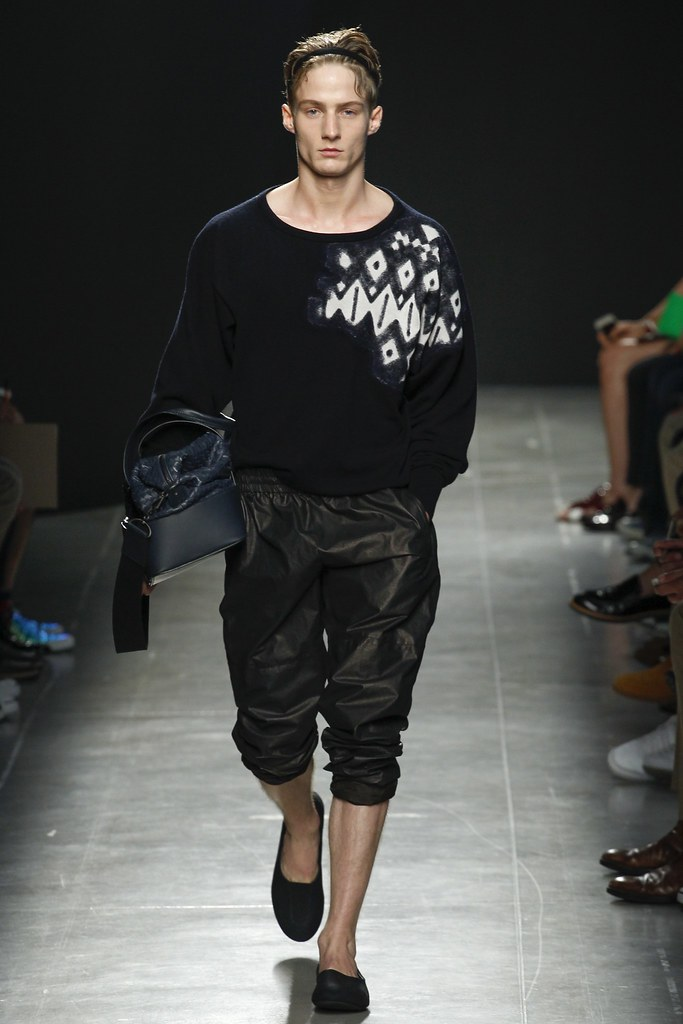 SS15 Milan Bottega Veneta002_Michael Lange(VOGUE)