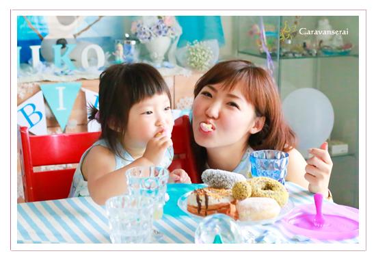 パーティープランナー 事例 ホームパーティー アナと雪の女王 3才の誕生日記念 子供写真 スイーツ写真 花写真 プロフィール写真