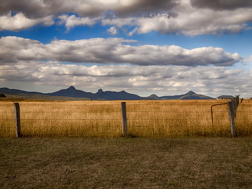 winter mountains landscape day cloudy farm paddock ruralscene farmscene ruralscape peakcrossingmountains