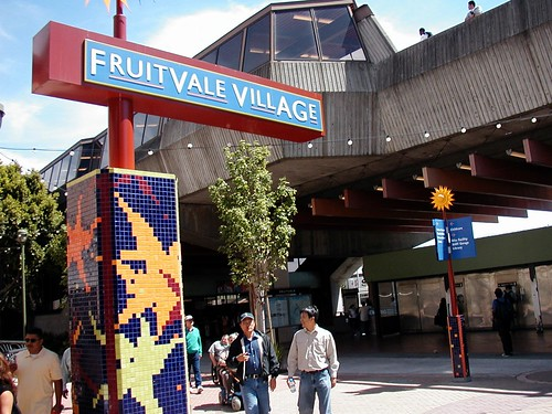 Fruitvale Village at transit station, Oakland CA (courtesy of Eric Fredericks, neighborhoods.org)