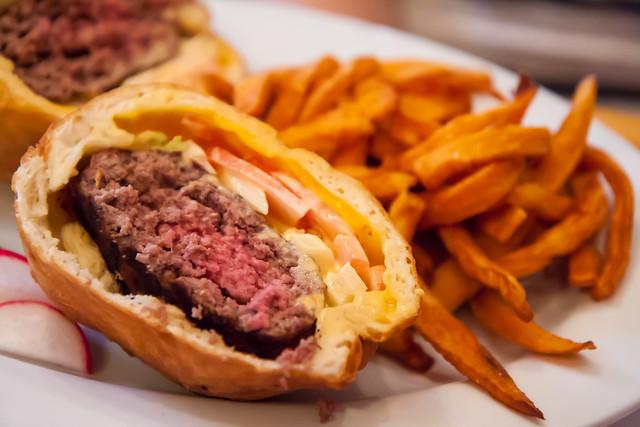 Otto burger, Korzo Haus