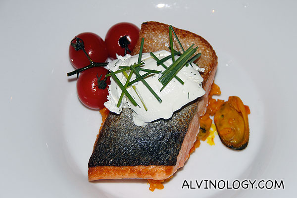 New Zealand King Salmon Fillet (S$42) - served on a bed of green-lipped mussel and sumac risotto with dill crème fraiche and vine tomato confit