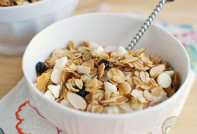 Blueberries and Cream Granola - the most delicious granola recipe! Dried blueberries, almonds, coconut, and white chocolate chips!