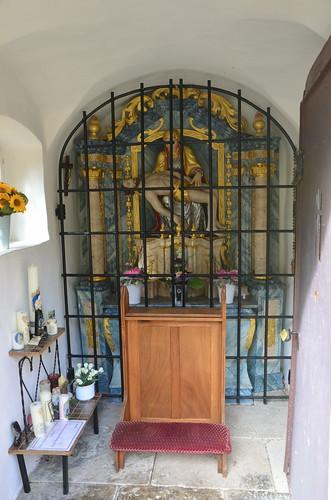 In der Kapelle eine Darstellung des toten Jesus