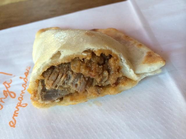 Spicy beef empanada - Venga Empanadas