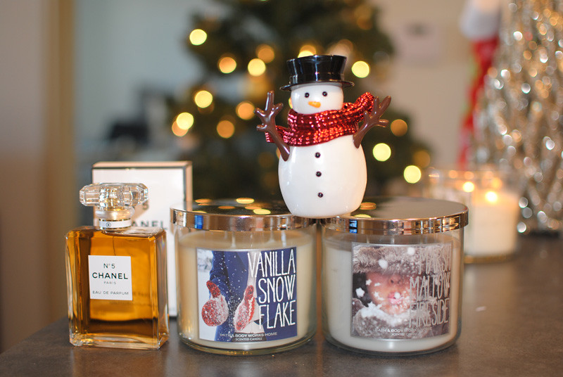 holidayguidescents