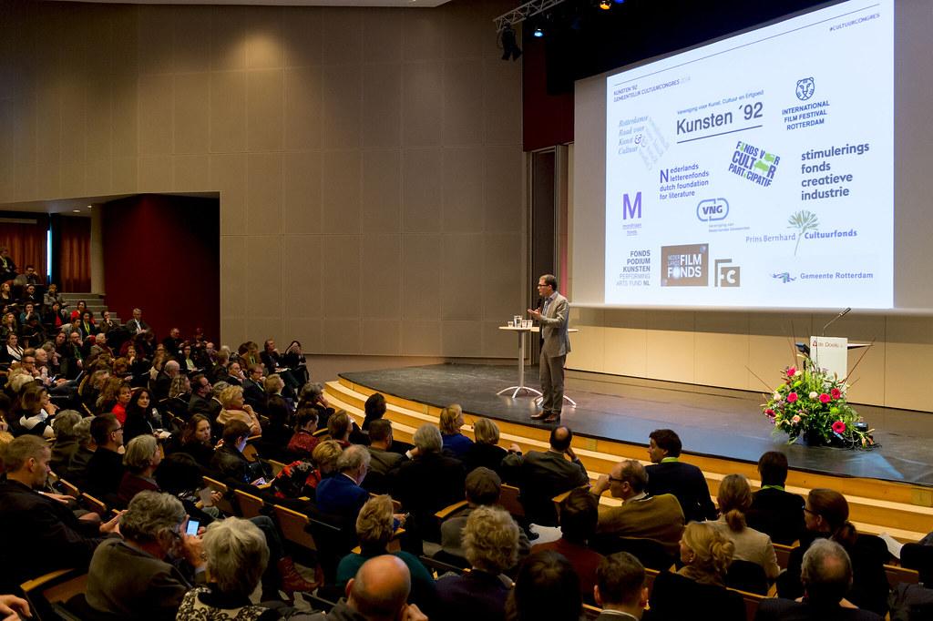 Bezuiniging Kunst en Cultuur 2011 Kunst en Cultuur in