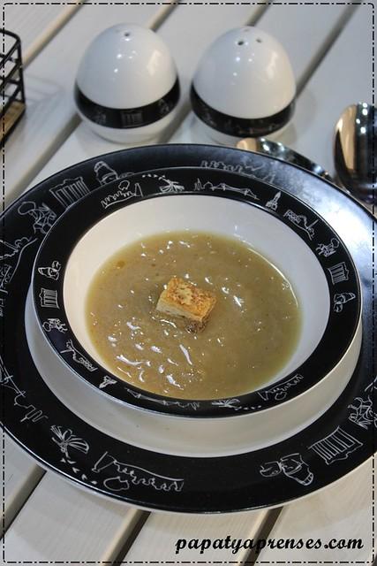 soğan çorbası (1)