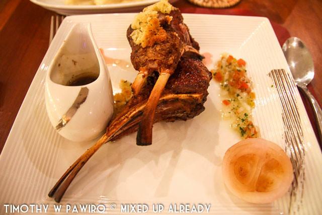 Malaysia - Kinabalu - Gaya Island Resort - Feast Village - Nut-crusted lamb rack, Roasted