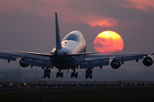 Boeing 747 Sunrise at Schiphol
