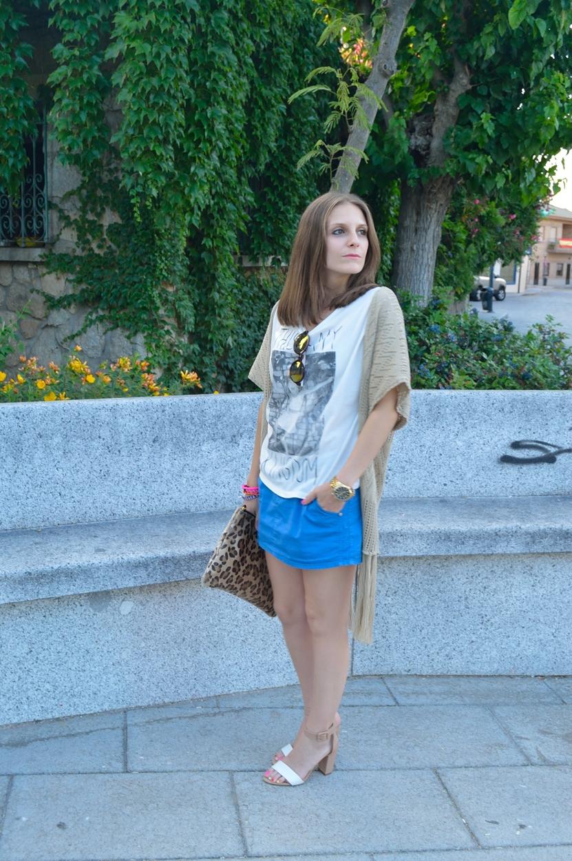 lara-vazquez-madlula-blog-style-fashion-look-blue-white-fringes