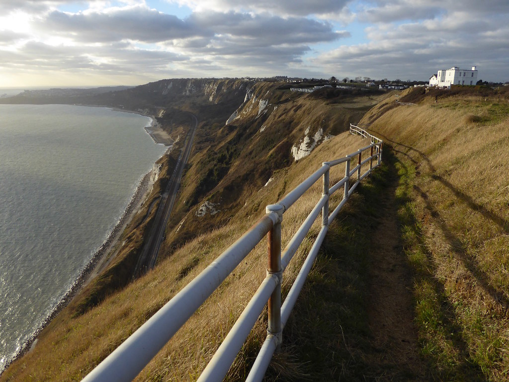 Looking back to the Warren Folkestone to Dover walk