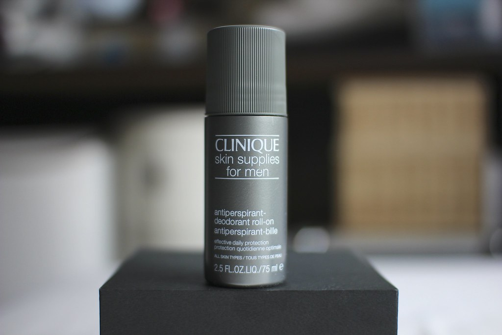 CLINIQUE Antiperspirant Deodorant Roll-On For Men